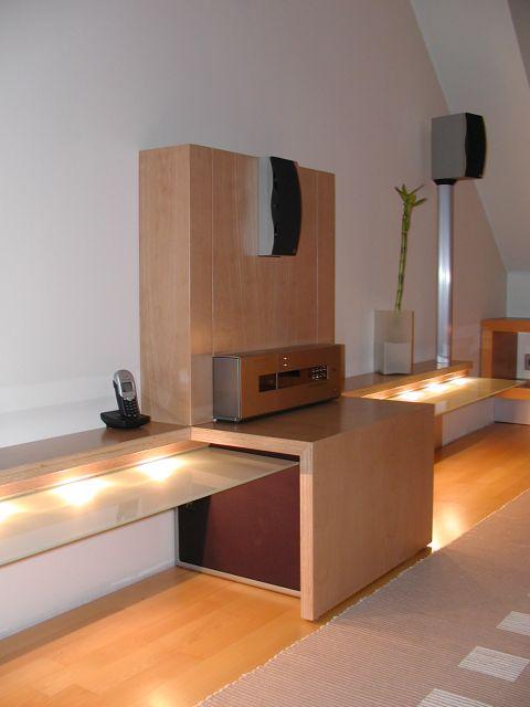 plasma rack und surround mit hohem waf faktor plasma fernseher hifi forum. Black Bedroom Furniture Sets. Home Design Ideas